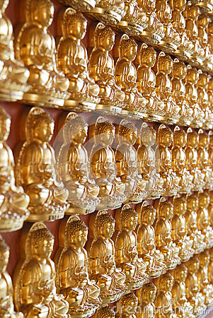 Free Ten Thousand Budda Royalty Free Stock Images - 34697869