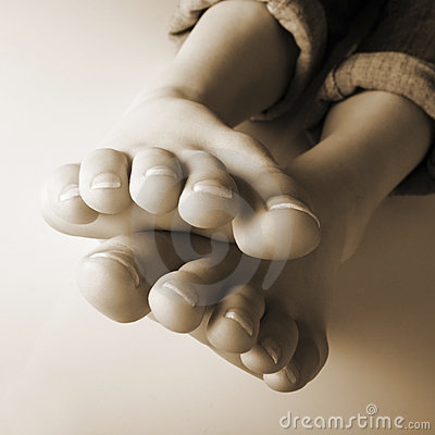 Ten toes