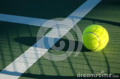 Tenis cieni