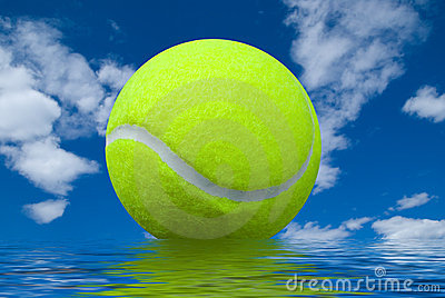 Tennis ball with reflection