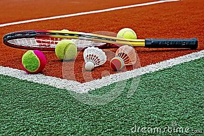 Tennis balls, Badminton shuttlecocks & Racket-4