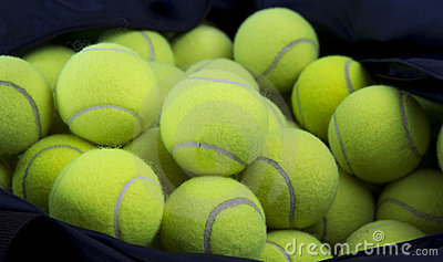 Tennis balls and carry bag