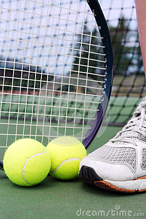 Tennis objects with player leg