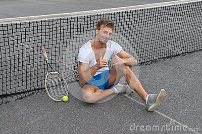 Tennis player showing thumbs up