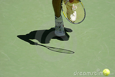 Tennis shadow 03a