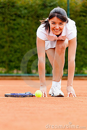 Tennis woman racing