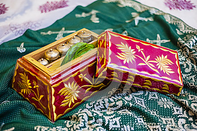 Wedding Couple Gift Exchange : decorated wedding gift for exchange between the newly wedded couple.