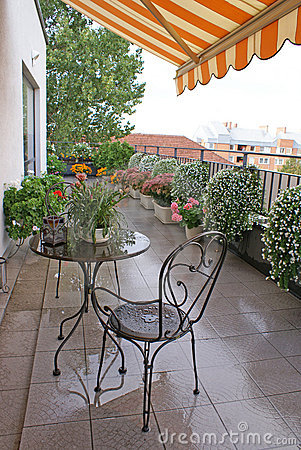 Free Terrace After The Rain Royalty Free Stock Images - 9644939