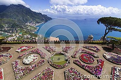 Terrace garden to the sea