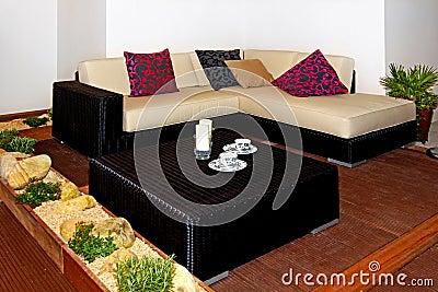 Terrace settee