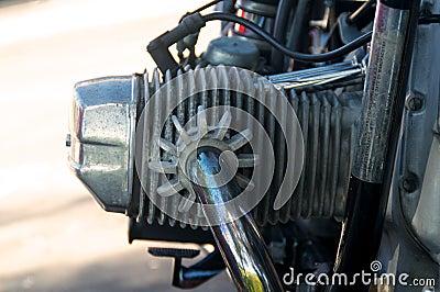 Testata di cilindro d annata del motociclo