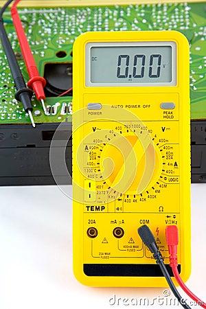 Testing a transistor radio