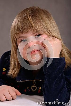 Tevreden gehandicapt meisje stock foto afbeelding 2037350 - Jaar oude meisje kamer foto ...