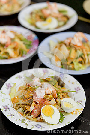 Free Thai Buddhist Are Offering Food To Monks In Temple. Stock Photos - 95432653