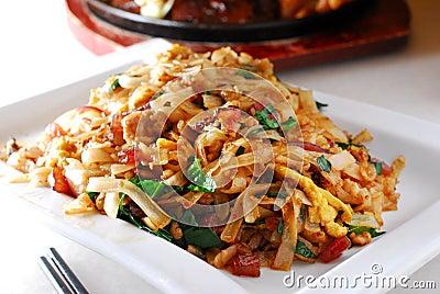 Thai flat rice noodle
