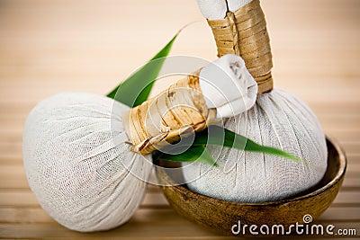 Thai herbal compress pads