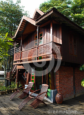 Free Thai House Building Architecture & Patio Royalty Free Stock Photos - 28909868
