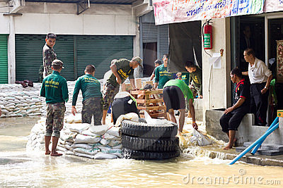Thai soldiers are helping people Editorial Image