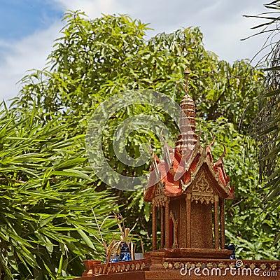 Thai spirit house 06
