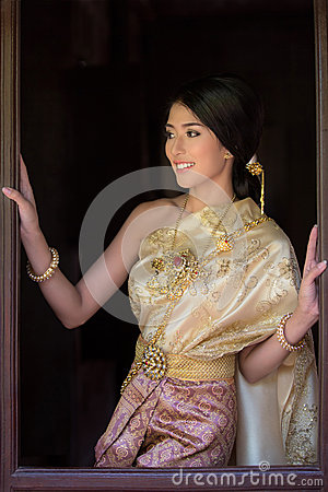 Free Thai Woman In Traditional Costume Of Thailand Royalty Free Stock Photography - 51857047