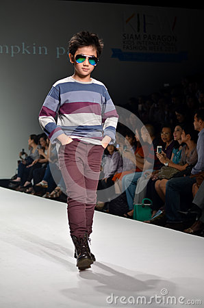 THAILAND, BANGKOK- OCT 2013 : A model walks the runway at the PU Editorial Stock Image