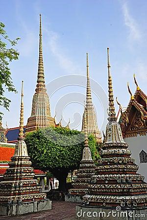 Thailand Bangkok Wat Pho Temple s chedis