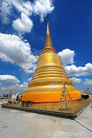 Thailand landmark Golden Mount (wat sraket)  B