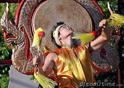 Thailandese dancer - Drum Dance Editorial Stock Image