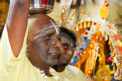 Thaipusam Festival 2012: Devote in trance Editorial Stock Image
