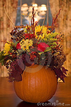 Free Thanksgiving Centerpiece Royalty Free Stock Images - 11930329