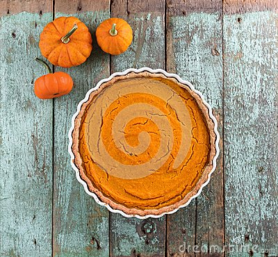 Free Thanksgiving Dessert. Homemade Rustic Open Pumpkin Pie With Smal Royalty Free Stock Photo - 101357605