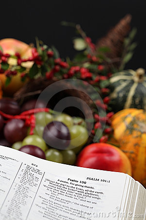 Thanksgiving Scripture and cornucopia