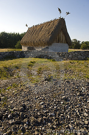 Free Thatched Cottage Royalty Free Stock Images - 11075309