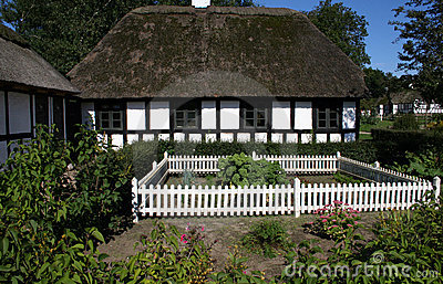 Thatched Tudor style cottage