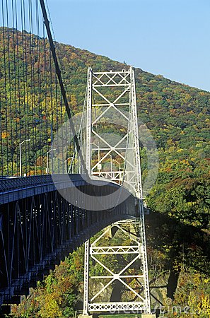 Free The Bear Mountain Bridge, Located In Bear Mountain State Park, New York, Spans The Hudson River Royalty Free Stock Image - 52310756