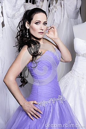 Free The Beuatiful Woman Dressed In Evening Dress Royalty Free Stock Image - 50788646