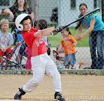 Free The Big League Stare And Swing Stock Images - 43949414