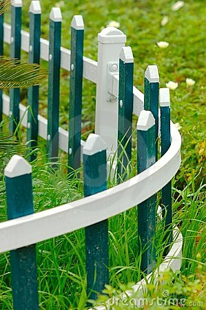 Free The Blove Picket Fencing Stock Photography - 5226052