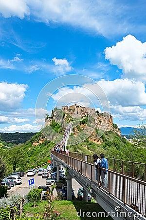 Free The Bridge To Civita Di Bagnoregio With Tourists Stock Image - 45044851