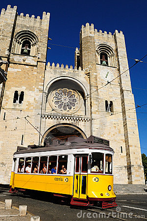 Free The Cathedral And Tram 28 In Lisbon, Portugal Stock Photo - 20988460