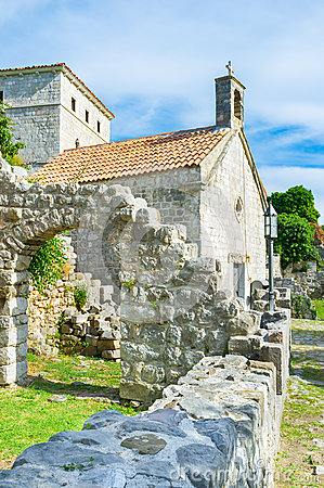 Free The Church Among The Ruins Stock Image - 47890061