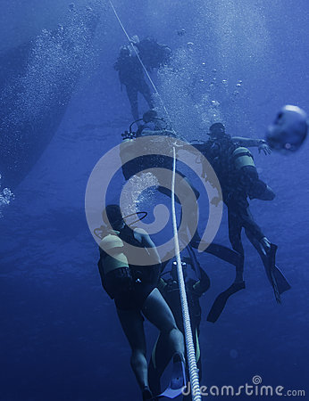 Free The Dives End Stock Photos - 85730923