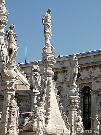 Free The Doges  Palace In Venice Stock Photo - 12998020