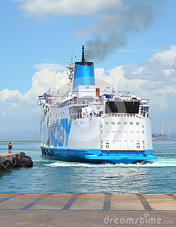Free The Ferry Boat. Stock Photos - 32048603