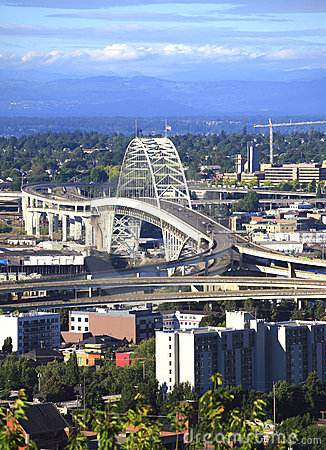 Free The Fremont Bridge, Portland OR. Royalty Free Stock Photography - 15115337