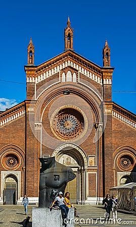 Free The Front Facade Of Santa Maria Del Carmine Church In Brera Neighbourhood Of Milan Stock Photo - 114497400