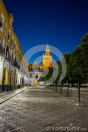 Free The Giralda Bell Tower Lit Up At Night In Seville, Spain, Europe Stock Photo - 96770510