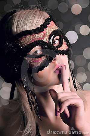 Free The Glamour Girl In A Mask Stock Photography - 11732152