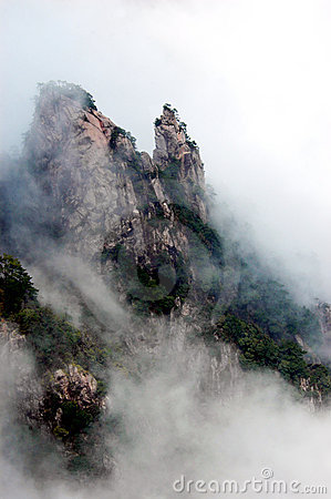 Free The Huangshan Mountain Royalty Free Stock Image - 4926556