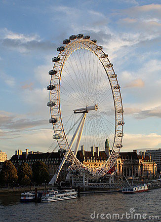 Free The Merlin Entertainments London Eye Royalty Free Stock Photography - 17528057